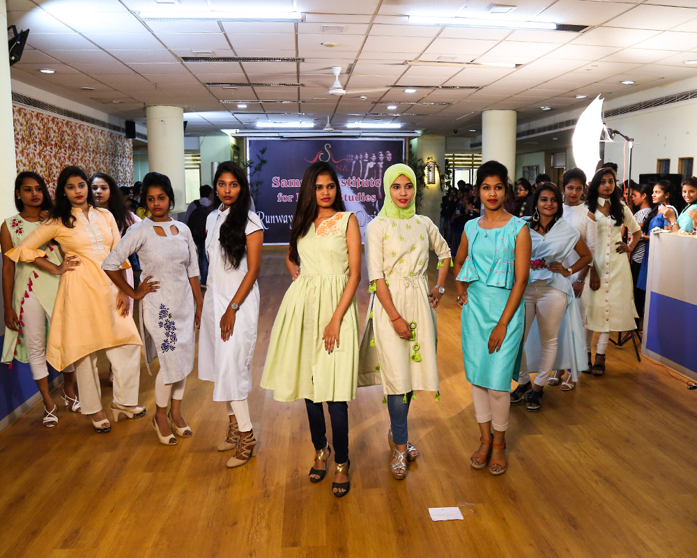 Top Fashion Interior Designing College Samana Design School